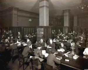 Crerar Library's technology reading room in its original site in downtown Chicago, 1893. The Library moved to the University campus in 1984.